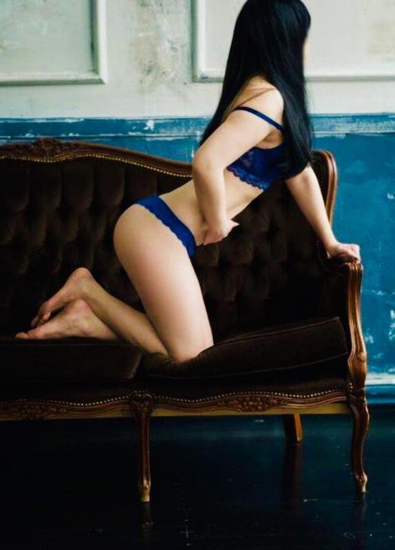 Проститутка Ксюша Нина, 18 лет, метро Киевская
